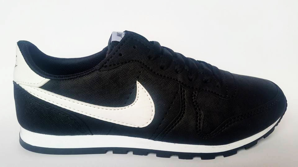 Маратонки Nike Код 730