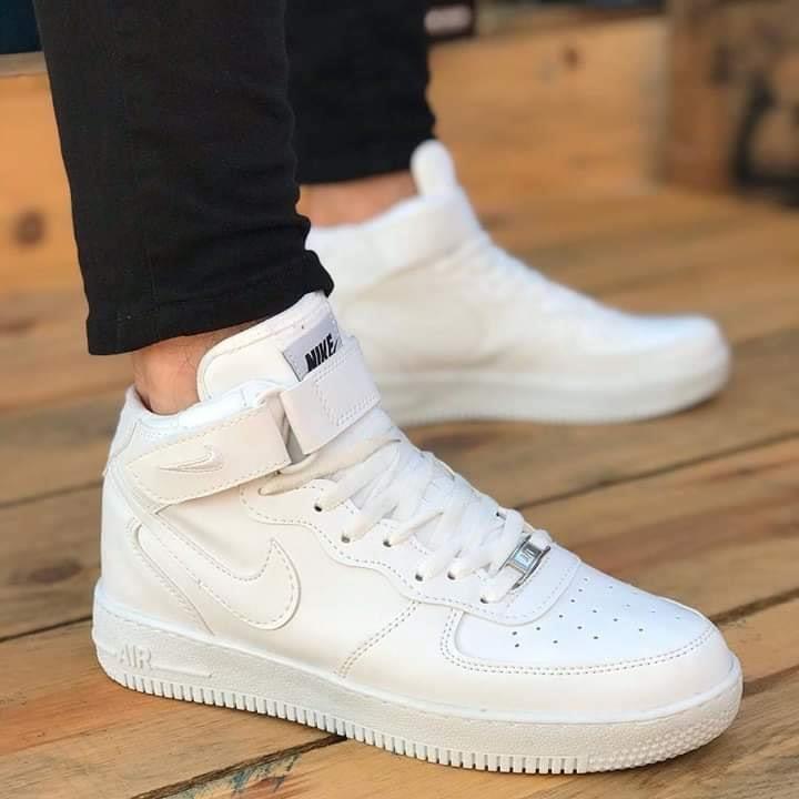 Кецове Nike Air Force Бели