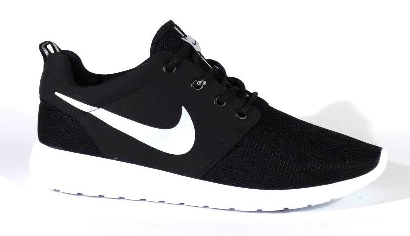 Nike Roshe Run черно-бял