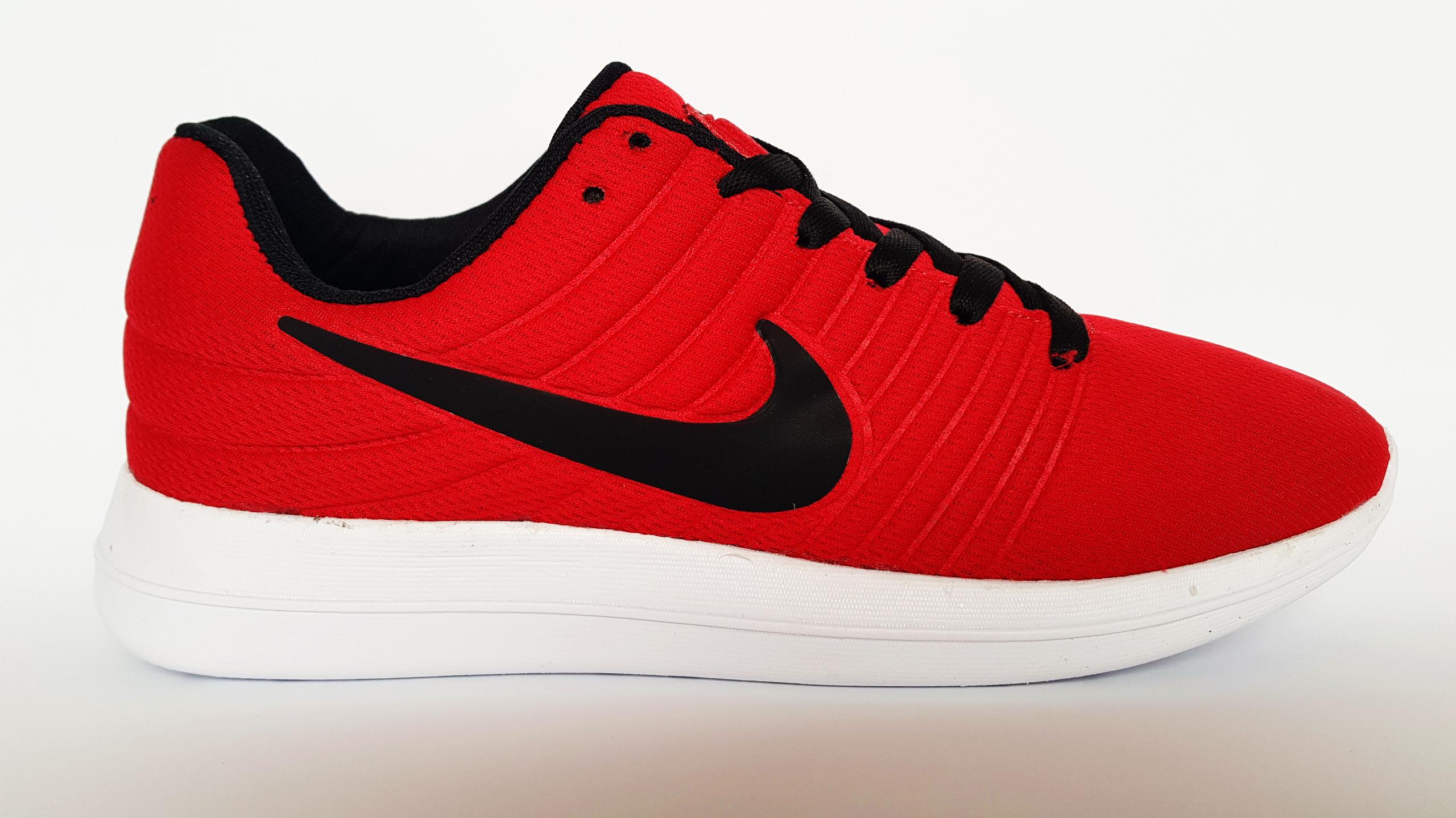 Nike Free Run червено с черно