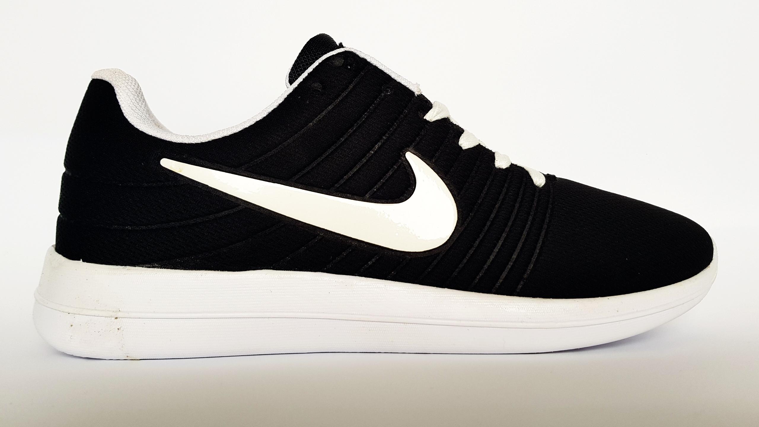 Nike Free Run черно-бял