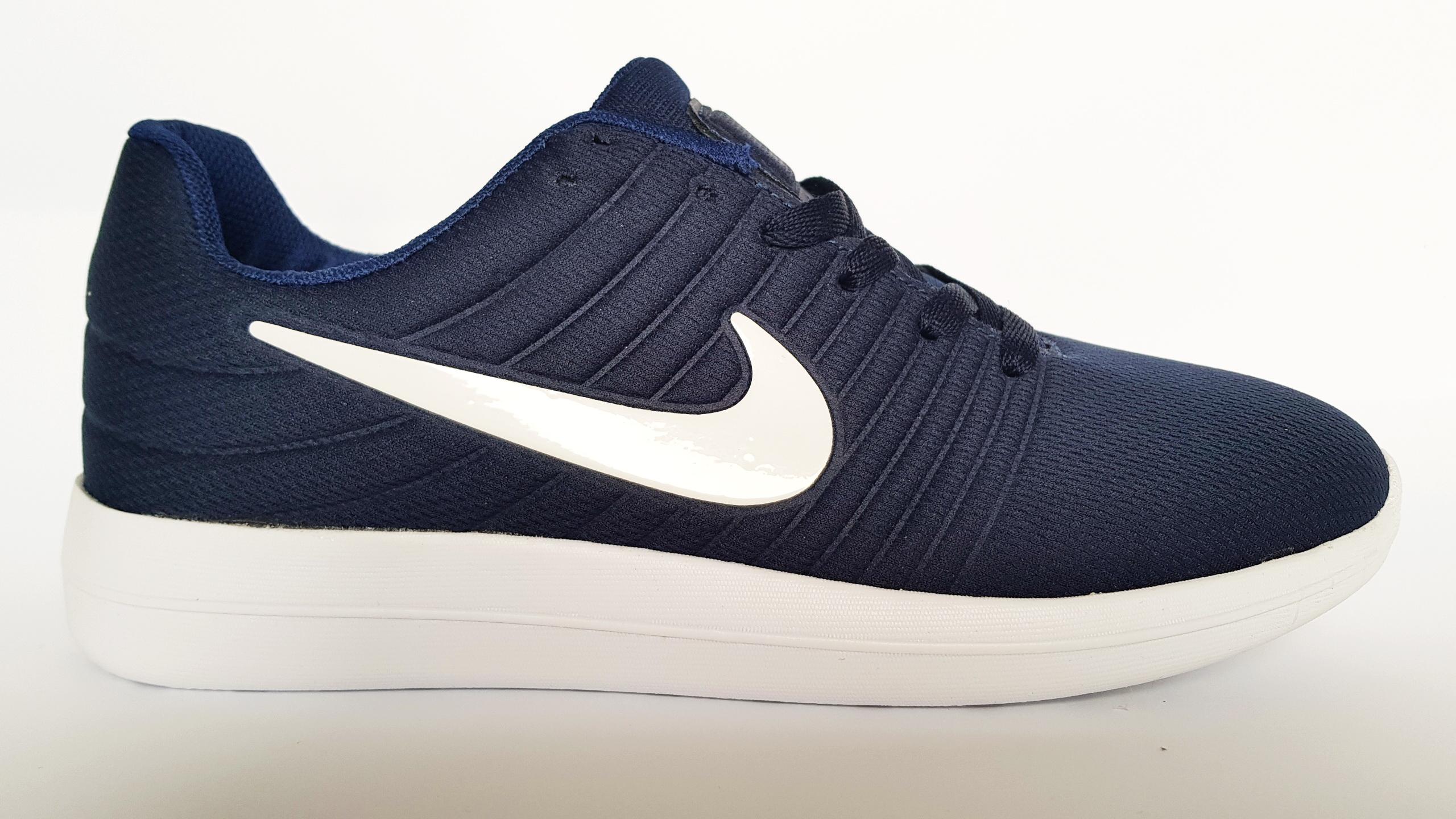 Nike Free Run тъмно син с бяло