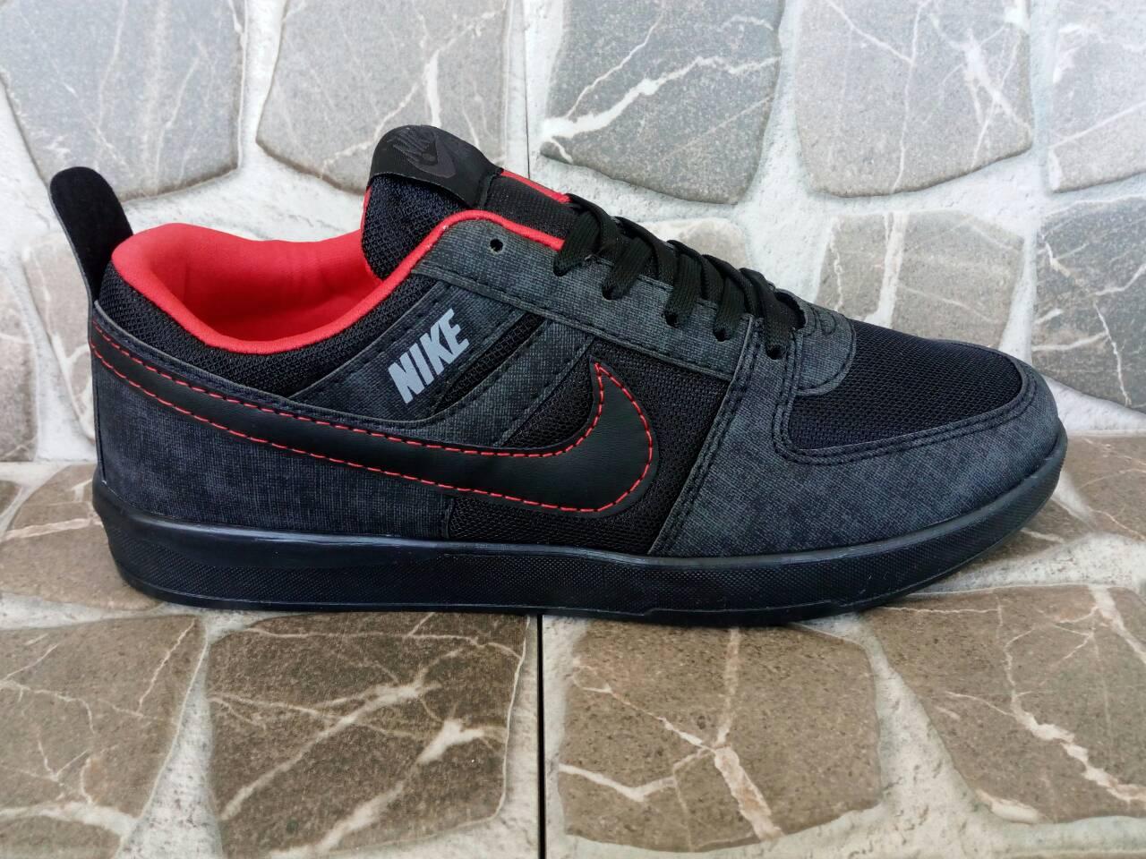 Маратонки Nike Код 400