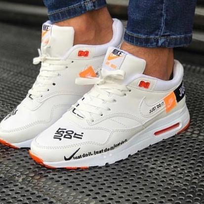 Маратонки Off Nike Zero бял