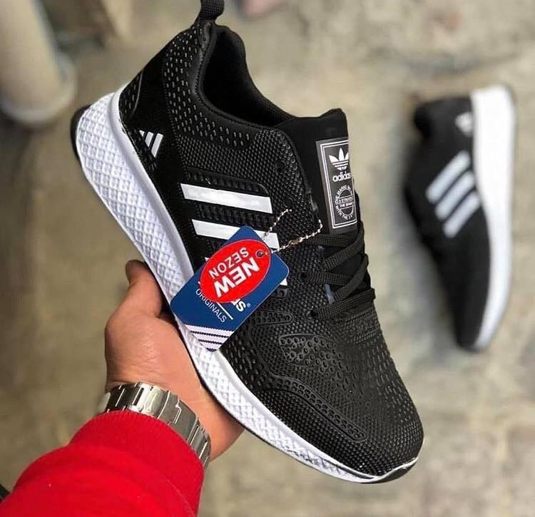 Маратонки Adidas Marathon TR10 черно бял