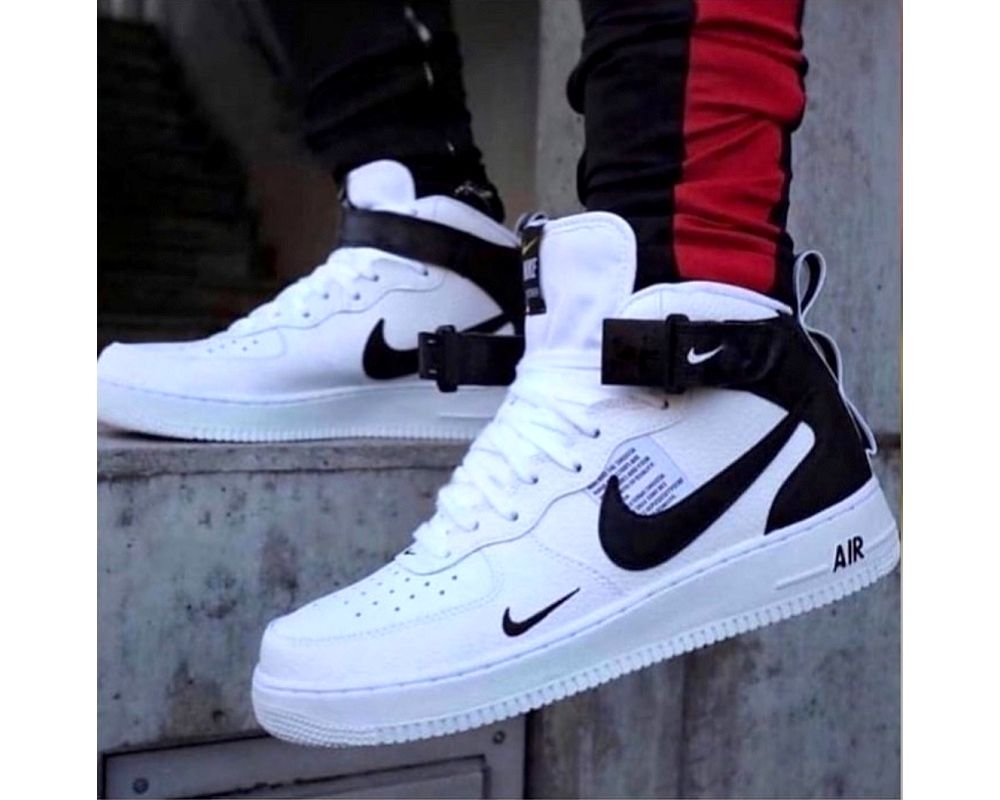 Nike Air Force 2020 boots бяло с черно