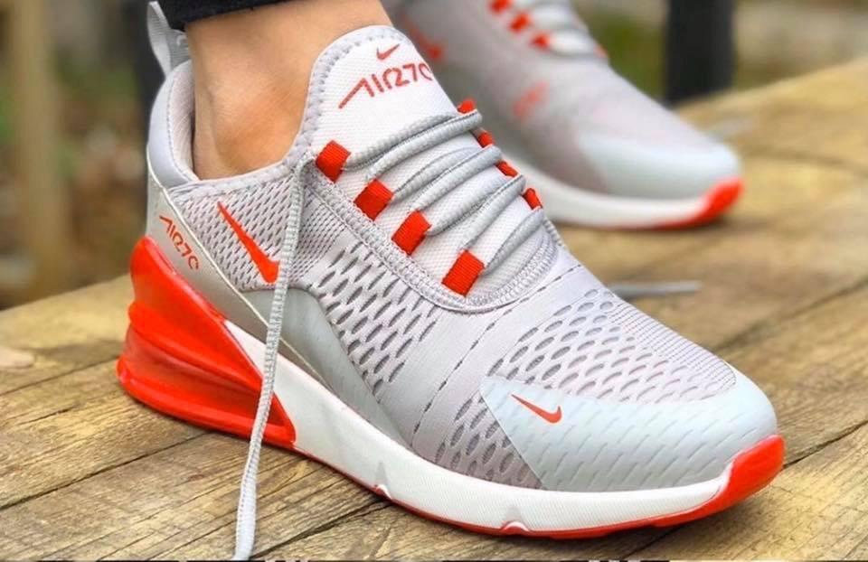 Mаратонки Nike Air Max 270 сиво с червено Ново