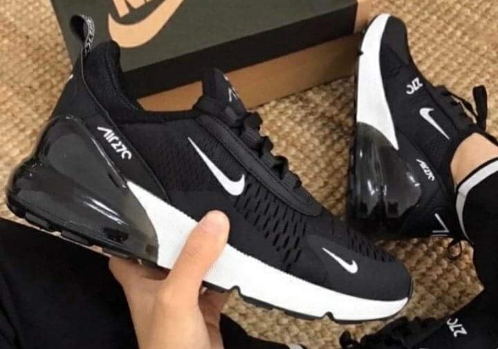 Nike Air Max 270 черно с бяло