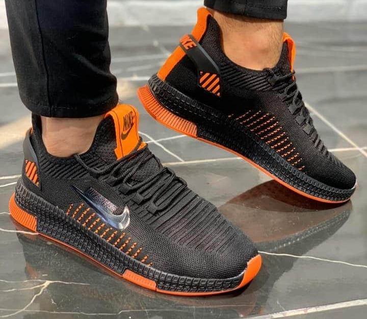 Маратонки Nike Rivah Черно-Oранжево