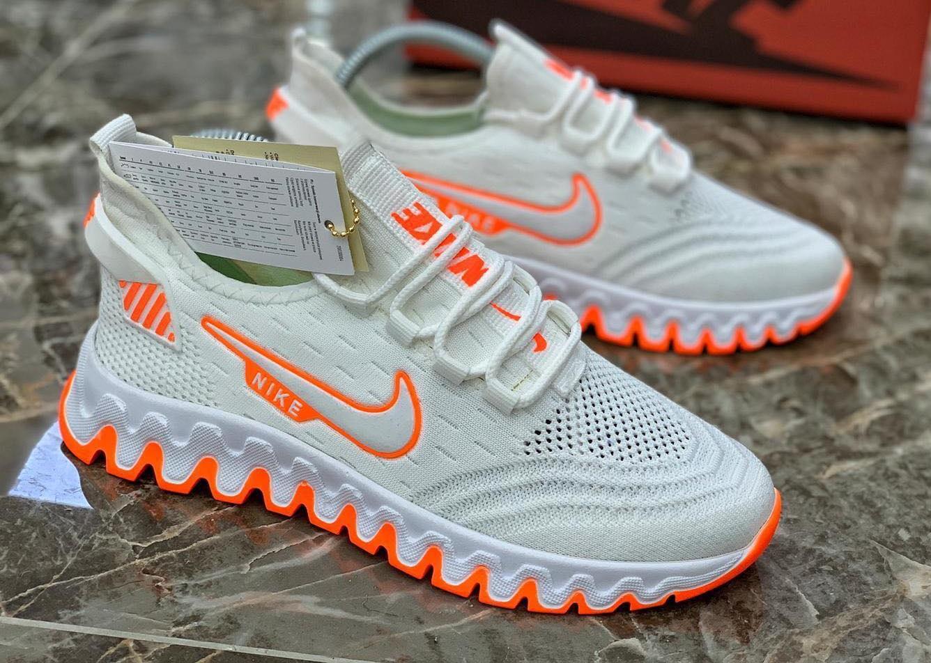 Маратонки Nike Run Бяло с оранжево